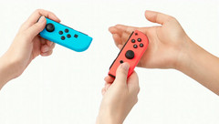 Nintendo's Joy-Con controllers can be held independently in each hand. (Source: Nintendo)