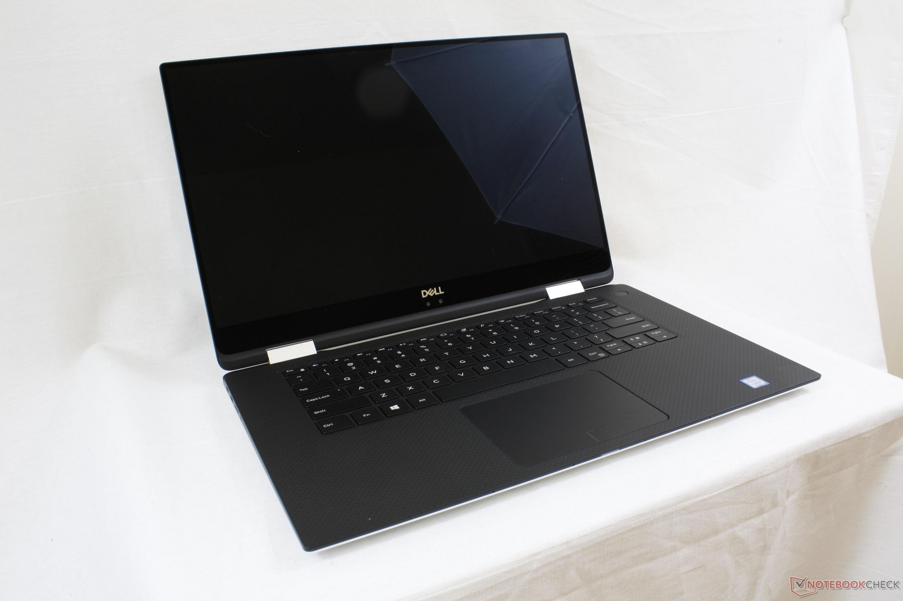 Dell XPS 15 9575 vs  HP Spectre x360 15 2018: Kaby Lake-G