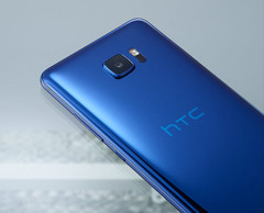The HTC U Ultra, seen here in Sapphire Blue. (Source: HTC)