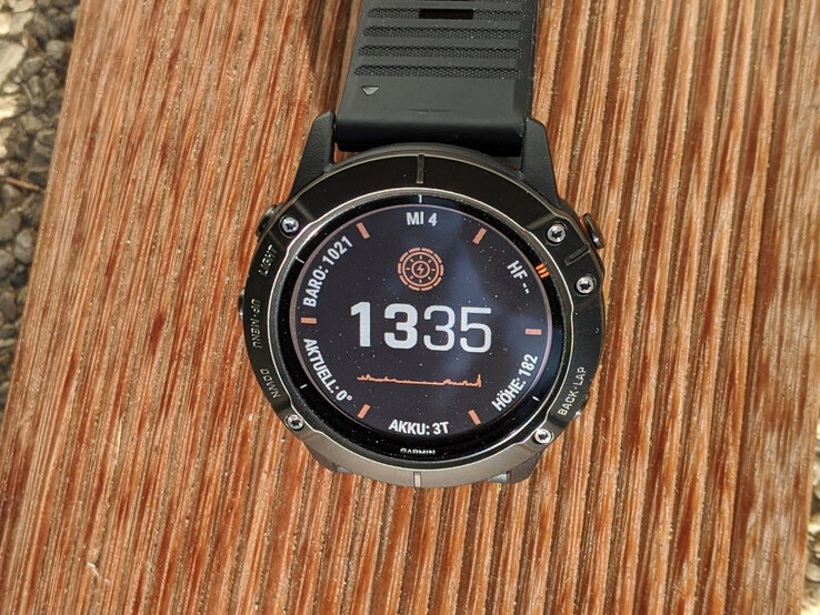 Garmin Fenix 6X Pro Solar, multi-sport smartwatch with MIP display and built-in solar charger