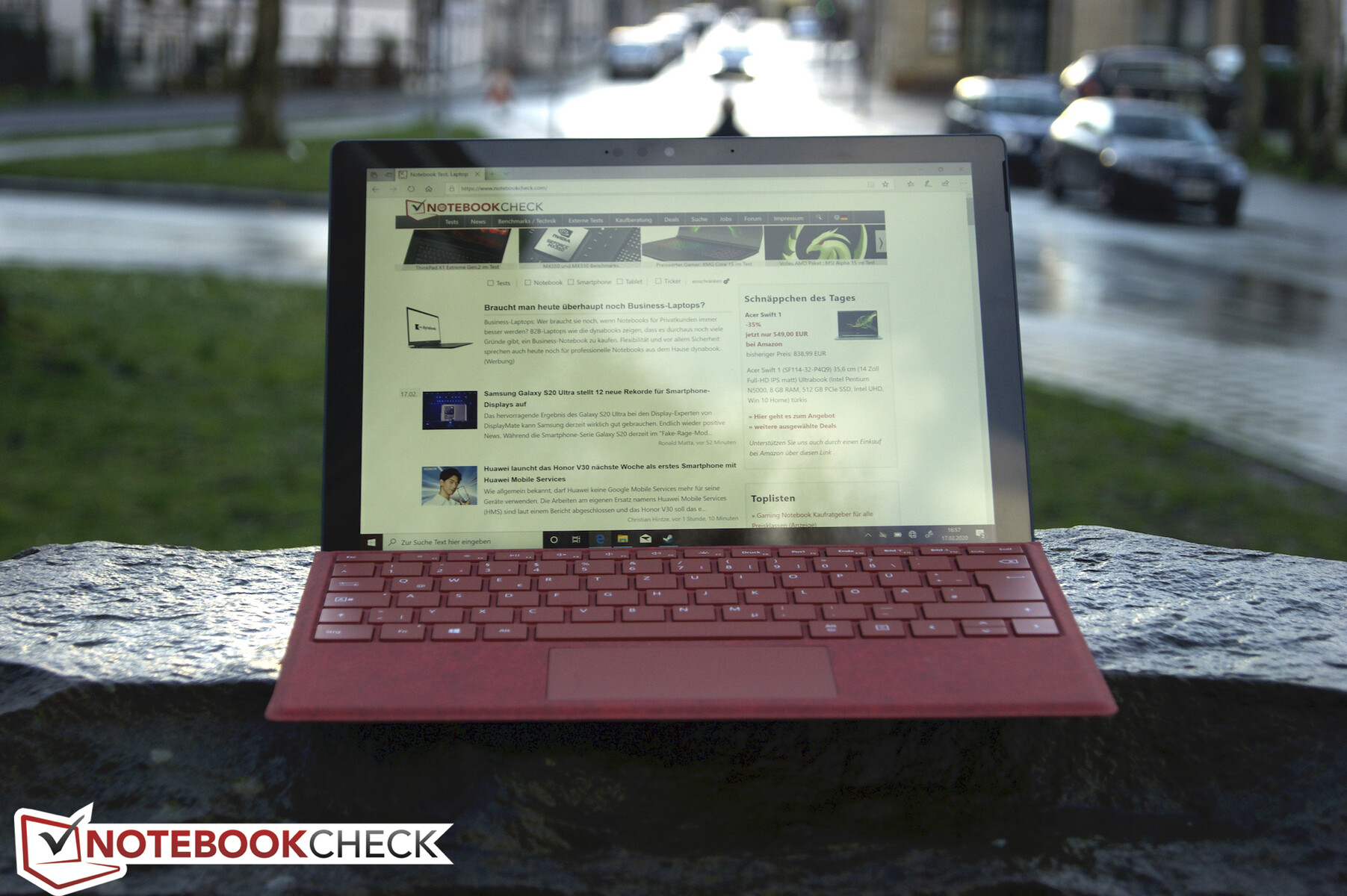 Microsoft Surface Pro 7 Review An I7 Upgrade With Extra Gpu Performance Notebookcheck Net Reviews