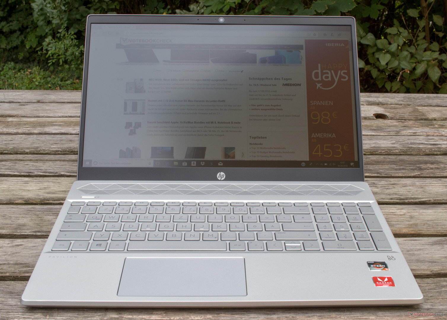 Hp Pavilion 15 Amd Ryzen 5 2500u Vega 8 Laptop Review Notebookcheck Net Reviews