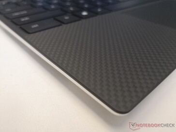 Same black carbon fiber or white fiberglass options as the last generation XPS 13