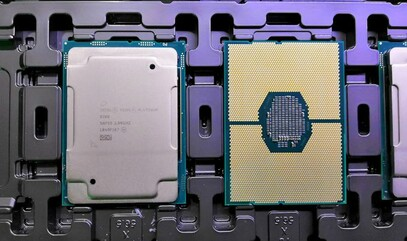 The socket clearly shows how the CPU is integrating an upper and a lower die. (Source: Anandtech)