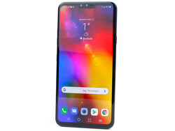 The LG V40 ThinQ. Test device courtesy of LG Germany.