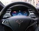 The newest software update for Tesla vehicles makes self-driving a partial reality. (Source: The Verge)