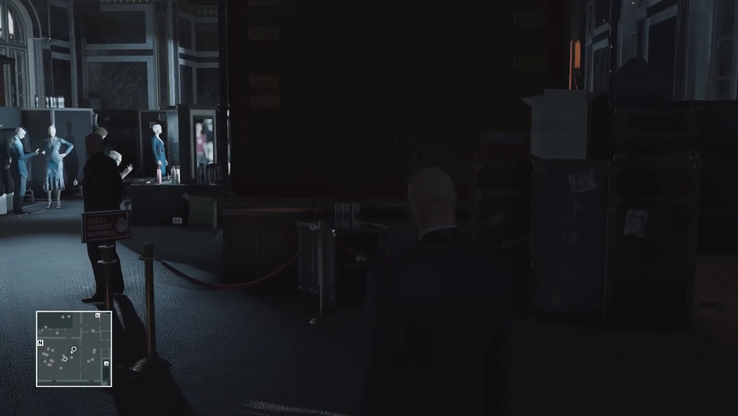 Notice the artifacts around Agent 47's head.