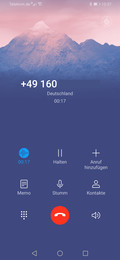 Telephony app with background photo
