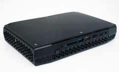 The Intel Hades Canyon NUC design does not include RAM and storage solution out of the box. (Source: Playwares)