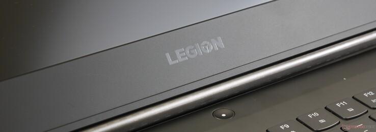 Lenovo Legion Y740-17ICH (i7-8750H, RTX 2080 Max-Q) Laptop