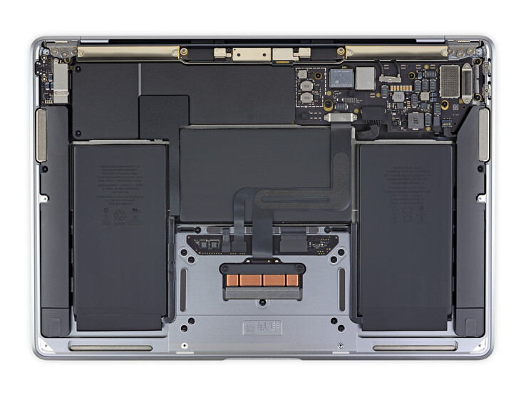 Only the battery can be replaced in the MacBook Air with M1 CPU (image: iFixit)