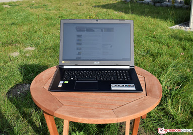 Acer Aspire 5 A517-51G in sunlight