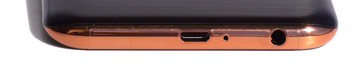 Bottom: USB port, 3.5-mm audio port