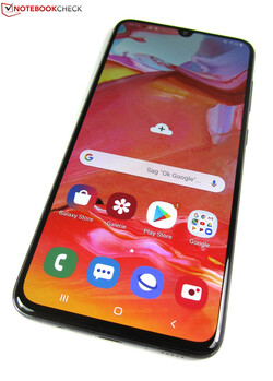 In review: Samsung Galaxy A70. Test unit courtesy of notebooksbilliger.de