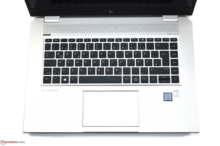 HP EliteBook 1050 G1 (i7-8750H, 4K, GTX 1050 Max-Q) Laptop