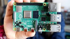 Raspberry Pi: Add an M.2 2280 NVMe drive to the Raspberry Pi 4 for under US$25. (Image source: Estefannie Explains It All)