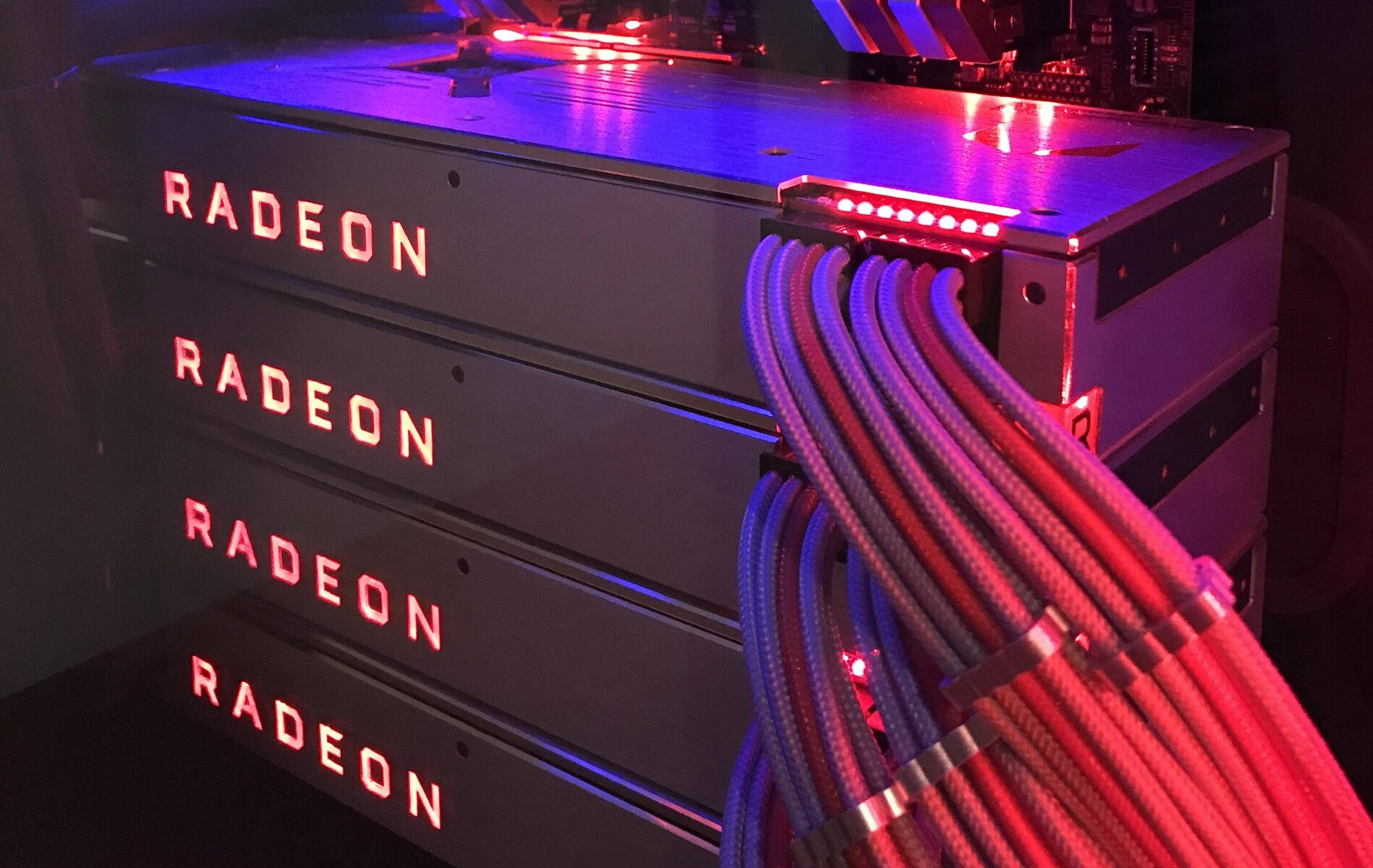 Amd Fan Amazes The Red Team With Custom Build Pc Featuring Four Radeon Rx Vega 64 Lc Graphics Cards Notebookcheck Net News