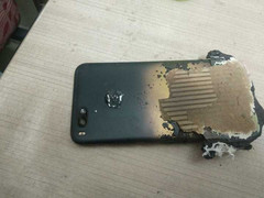 The Mi A1 exploded while charging. (Source: AdimorahBlog)