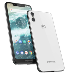 The Motorola One ships with stock Android 8.1 Oreo onboard. (Source: Motorola)