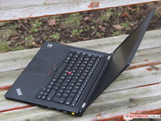 The T430u adopts the design of its sister models