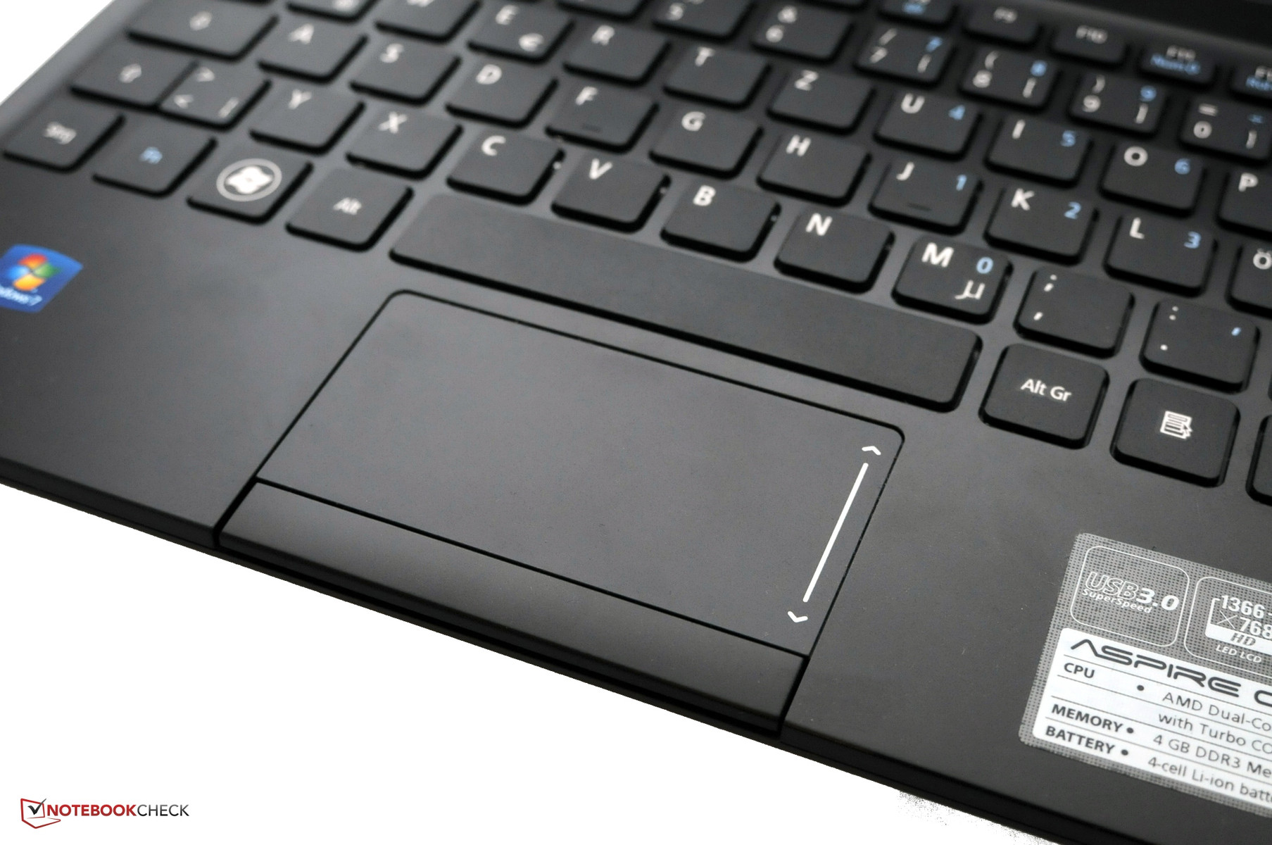 Review Acer Aspire One 725 Notebook Reviews Es1 131 2gb Ddr3 Intel Celeron N3050 116 Ferric Red Linux The Touchpad Is Sufficiently Dimensioned And Possesses Good Gliding Properties