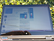 Glossy screen reduces outdoor usability