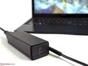 A USB 2.0 port has been integrated in it, so as to allow users to charge external devices.