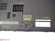 The integrated docking port on the underside is meant for Dell's special docking station.