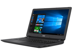 In review: Acer Aspire ES1-533-P7WA. Test model provided by Notebooksbilliger.de