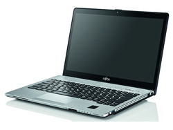 The Fujitsu Lifebook S935. Test model provided by Fujitsu.