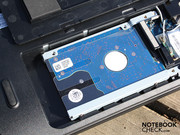 the 2.5 inch hard drive can also be changed (Hitachi HTS545050B9A300).