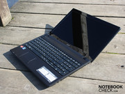 Acer's Aspire 5253-E352G32Mnkk is a surprisingly insensitive Notebook.