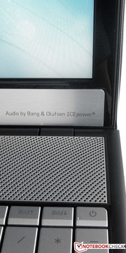 Two built-in loudspeakers from Bang & Olufsen.
