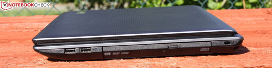 Right Side: 2 x USB 2.0, DVD burner, kensington lock