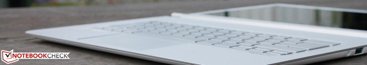 Sharp outlines, incredibly thin, but with a 15-watt SoC: The Aspire S7-393