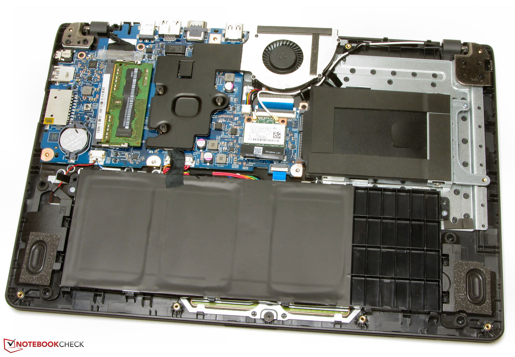 The base unit's underside can be removed.