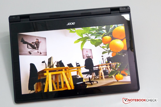 Acer Aspire Switch 12 screen. Good quality overall.