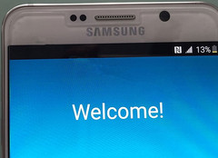 Samsung Galaxy Note 5 closeup shot