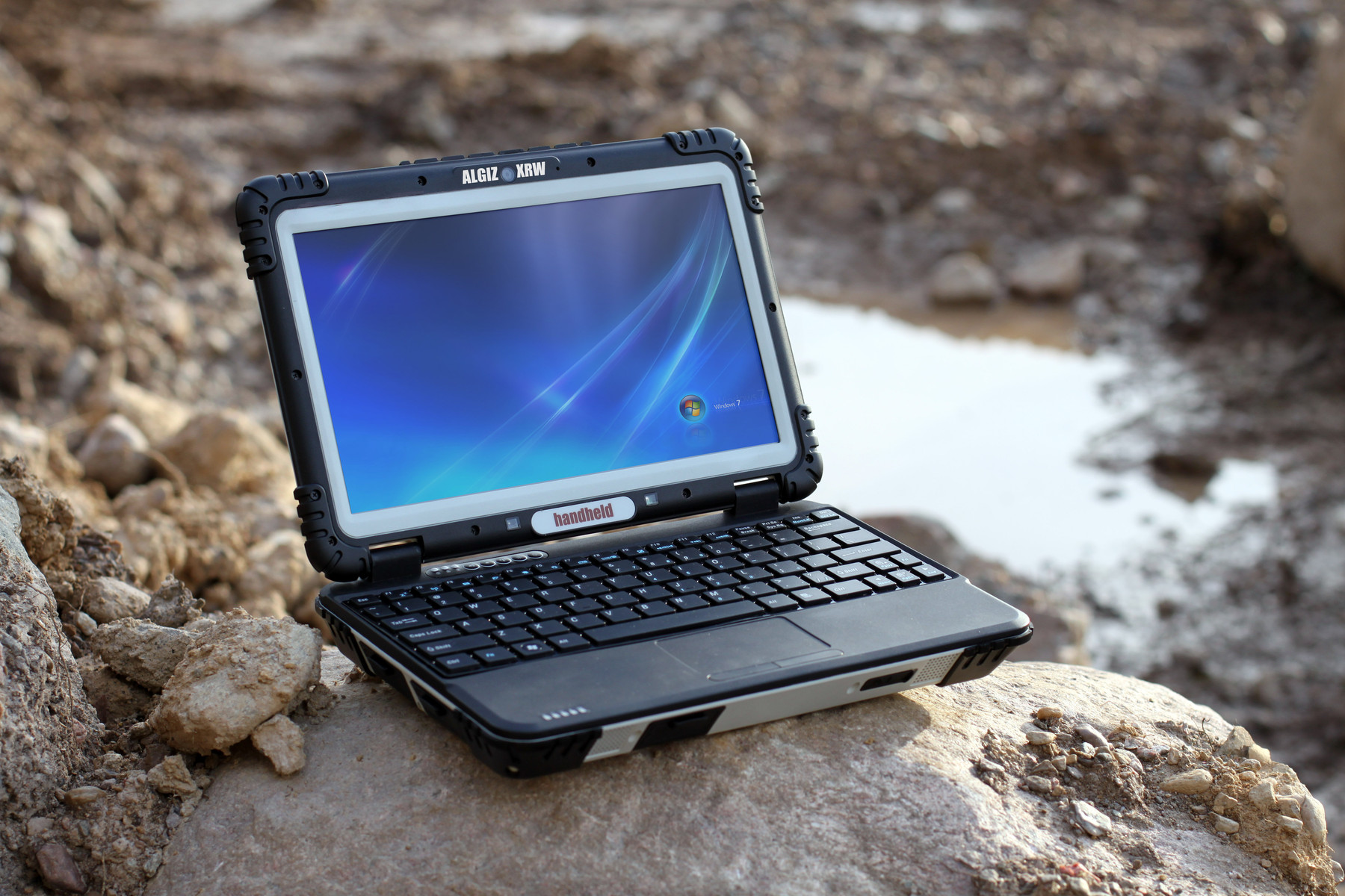 Handheld Intros The Algiz Xrw Rugged Netbook