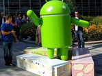 Android Nougat statue at Googleplex, Nougat now in control of 10 percent of the market