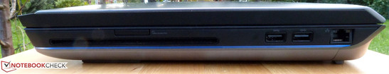 Right side: Blu-ray drive, card reader, 2x USB 3.0, RJ-45 Gigabit LAN