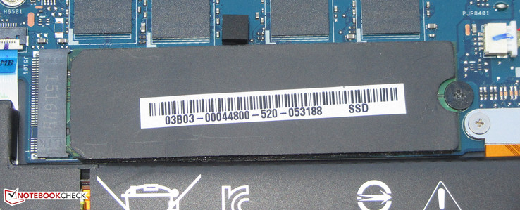 Asus installs an SSD in M.2 format (full size).