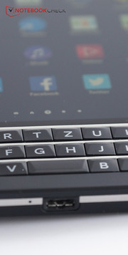 Another feature that is not that unusual for BlackBerry: the hardware keyboard.