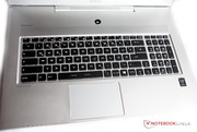 The keyboard certainly has its qualities, the stroke is pretty smooth but still firm, while the typing is fast and quiet.