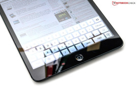 Complete QWERTZ keyboard in the Safari browser