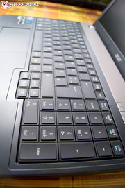 The good keyboard is provided in full size - including a number pad.