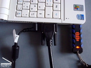 Cable tangle at the left side, if all ports in use there, Card reader difficult to access