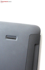 Fingerprint and SmartCard reader are located at the tablet.