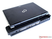 Docking station with docked Fujitsu Lifebook S751