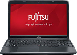 In review: Fujitsu LifeBook A514. Test model courtesy of Cyberport.